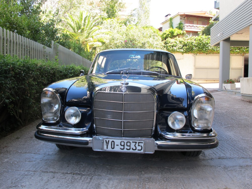 The Mercedes 250 SE Coupé is a roller! (2/6)