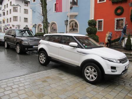 Kitzbuhel street scene: the new and the older Range Rover