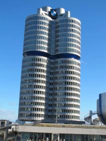 Last day: visiting Munich and the BMW Welt & Museum