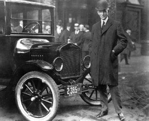 Ο Henry Ford με το Model T.