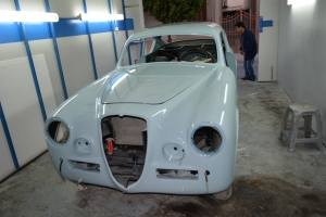 The B20S has received the first coat of its factory color, the fabulous  AZZURRO AGNANO-CELESTE AURELIA